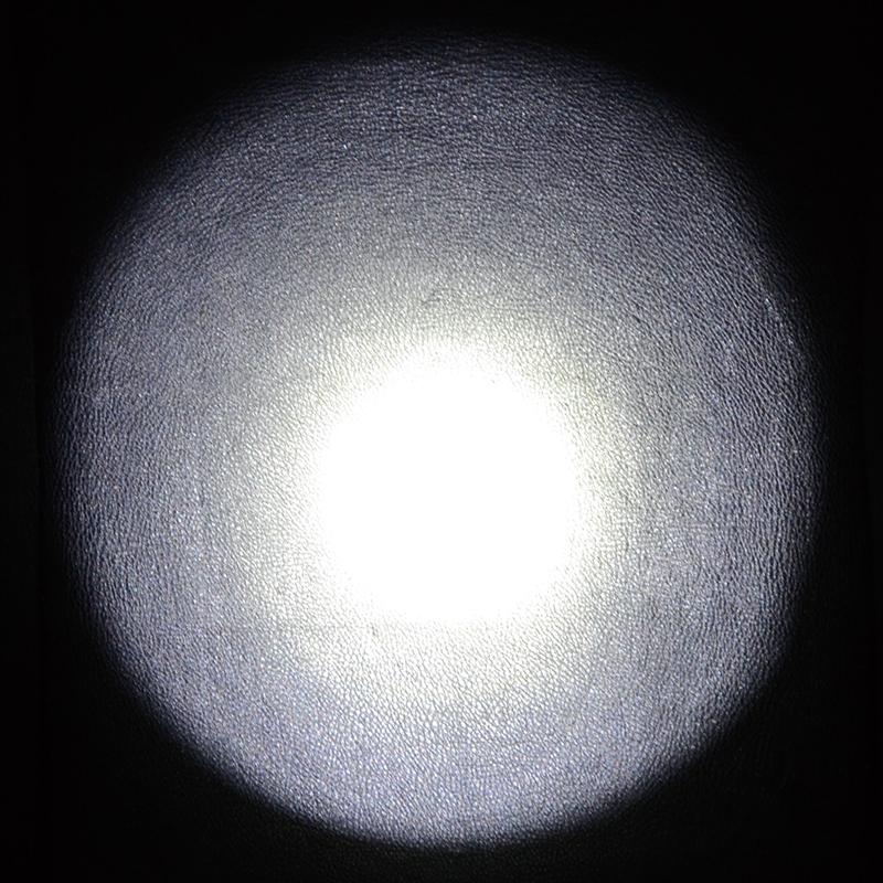 Фонарь TrustFire X8 (Cree XM-L, 1000 люмен, 1 режим, 2x18650)