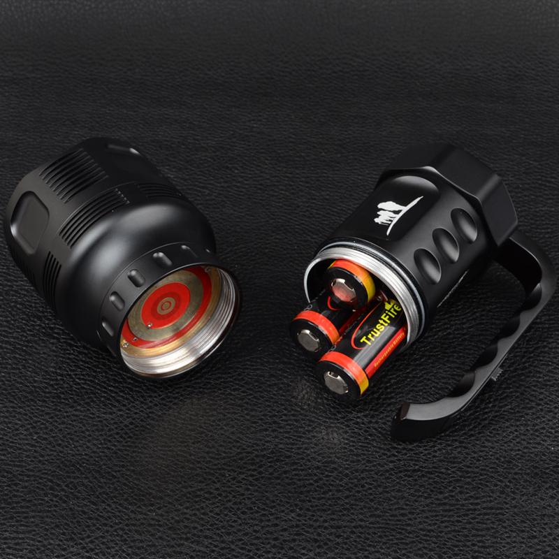 Фонарь TrustFire TR-S700 (7xCree XM-L, 3800 люмен, 3x26650), комплект