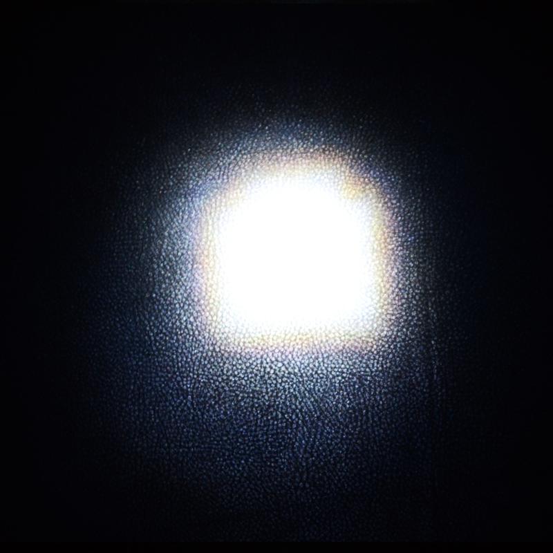 Фонарь фокусируемый X2000-Duos Full (Cree XR-E Q5, 350 люмен, 3 режима, 1x18650/3xAAA)