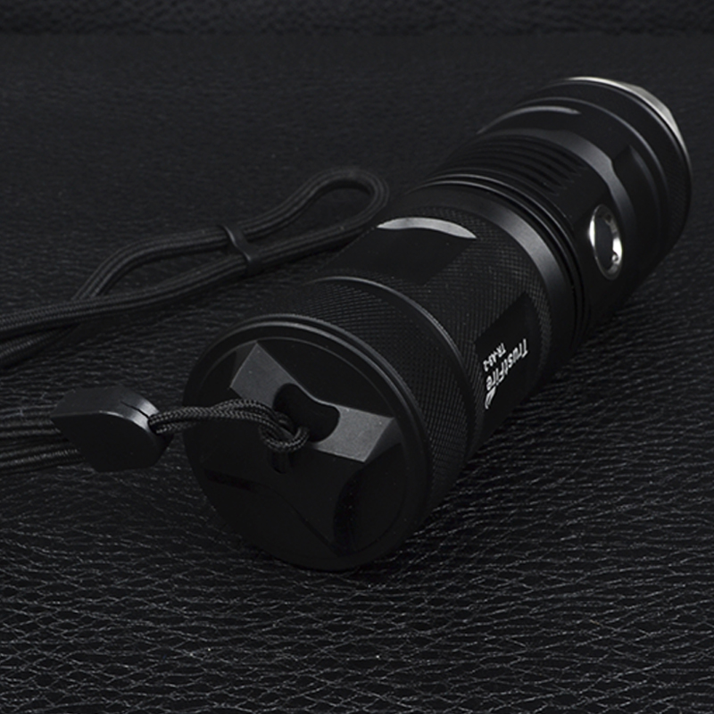 Фонарь TrustFire A9-2 (Cree XM-L2, 900 люмен, 5 режимов, 1x26650/32650), комплект в коробке