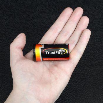 Аккумулятор литиевый Li-Ion 25500 TrustFire 3.7V (4000mAh), защищенный