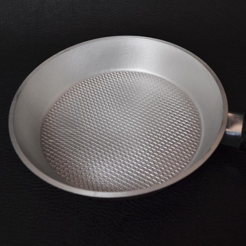 Сковорода алюминиевая рефлёная с наружным покрытием (200mm)