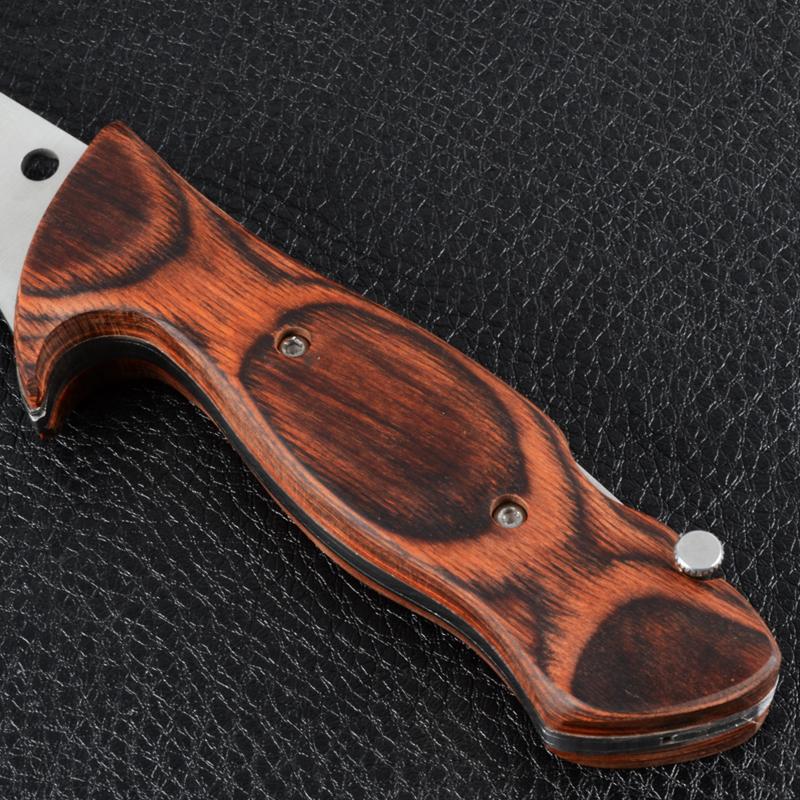 4 в 1 - Набор топор, два ножа, пила (длина макс: 29.7cm), рукоять дерево