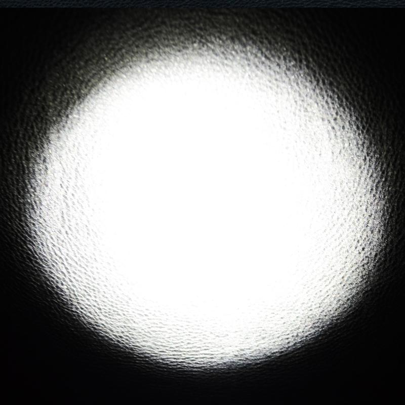 Фонарь фокусируемый Bailong BL-Q1837N-Т6 (Cree XM-L T6, 1200 люмен, 1х18650/3хAAA), комплект