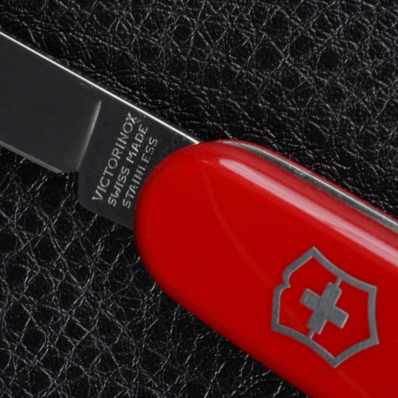 Нож складной, мультитул Victorinox Waiter (84мм, 9 функций), красный 0.3303