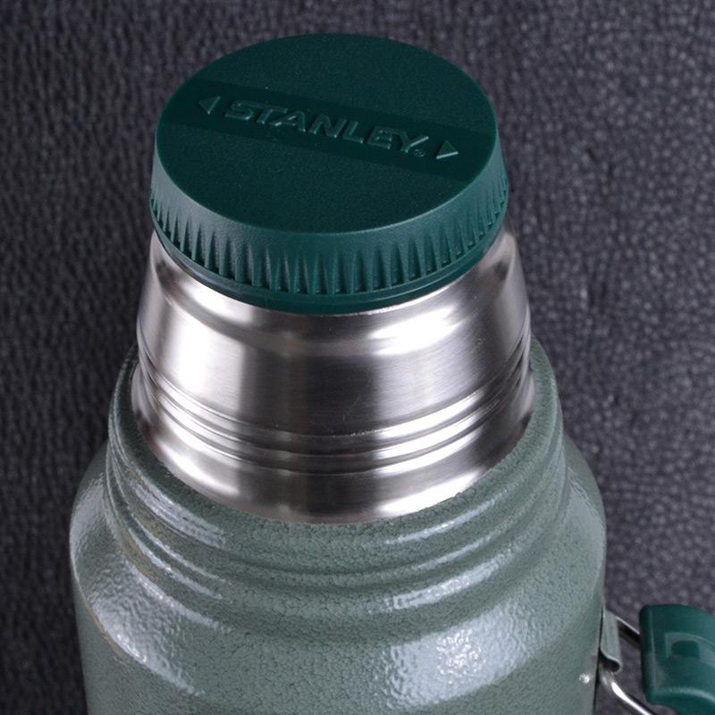 Термос Stanley Legendary Classic (1л), зеленый