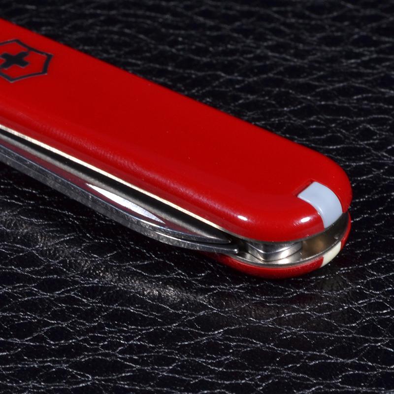 Нож складной, мультитул Victorinox Classic (58мм, 7 функций), красный 0.6203