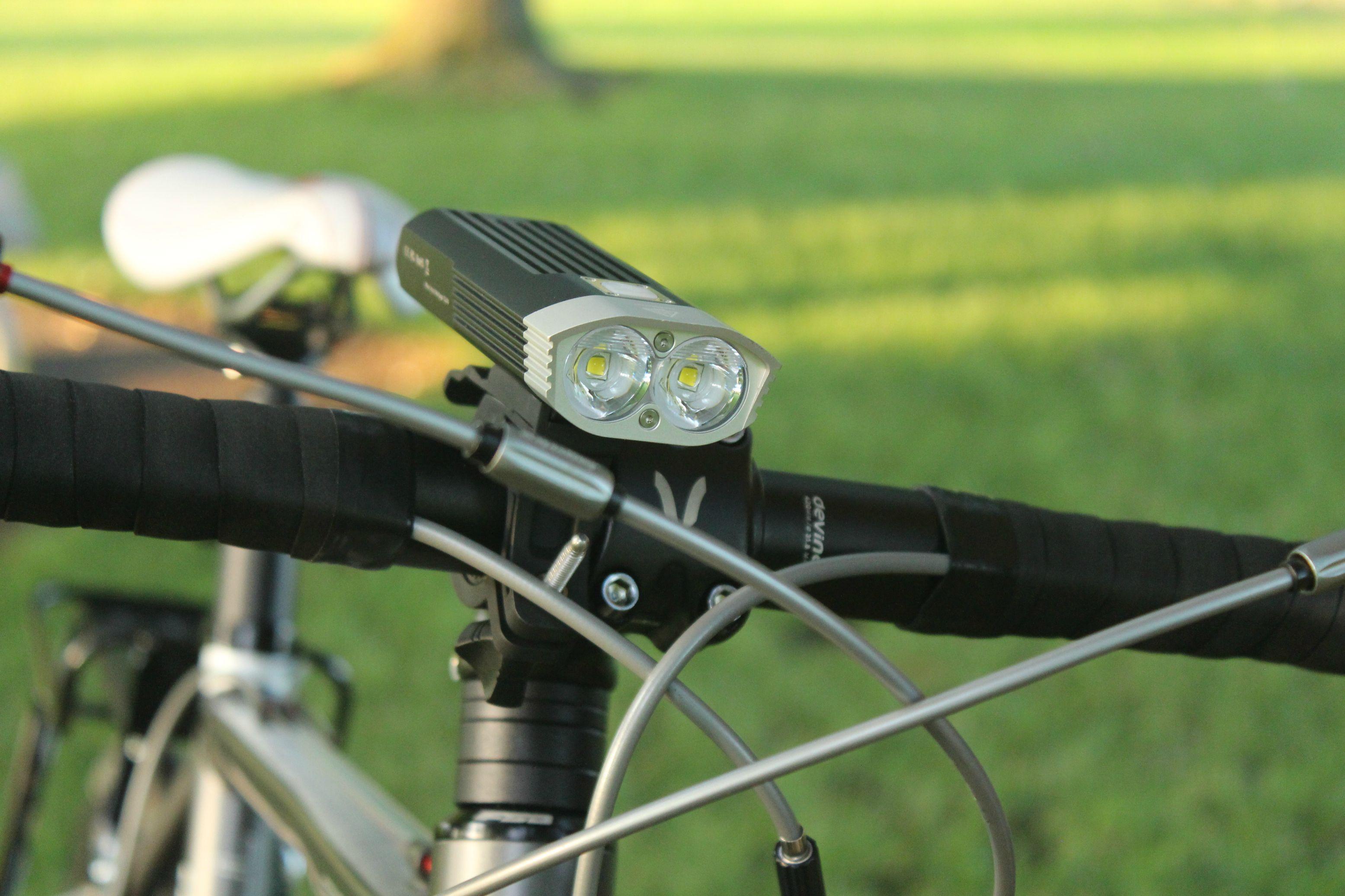 Передняя велофара